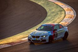 #72 Race-House Motorsport BMW M235i Racing Cup: Tiziano Carugati, Bruno Tortora, Jean-Christophe Peyre, Jeremy Cottingham
