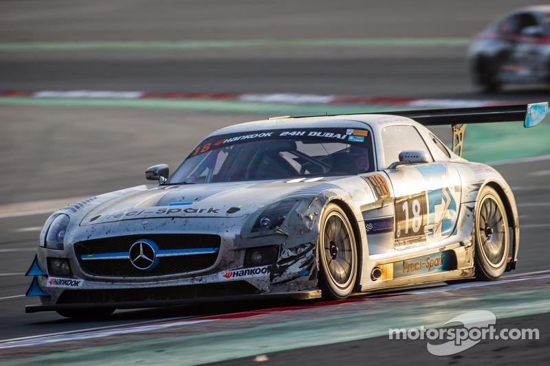 #18 Preci - Spark, Mercedes SLS AMG GT3: David Jones, Godfrey Jones, Philip Jones, Gareth Jones, Morgan Jones