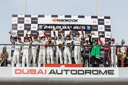 997 podio: ganadores de clase Saud Al Faisal, Anders Fjordbach, Keita Sewa, Andreas Weishaupt, Patri