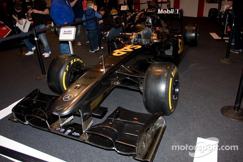 سيارة ماكلارين اف1