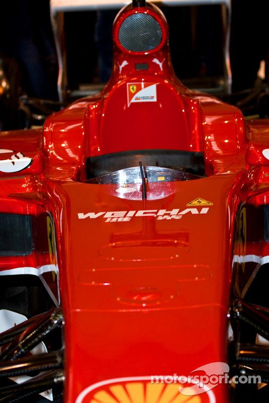 Carro de F1 da Ferrari em detalhe