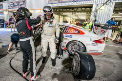 Pit stop for #17 Ruffier Racing Porsche 997 Cup: Patrice Lafargue, Paul Lafargue, Gabriel Abergel