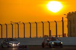 #216 Modena Motorsports Renault X-85 Cup: Wayne Shen, John Shen, Francis Tjia, Marcel Tjia, Christian Chia