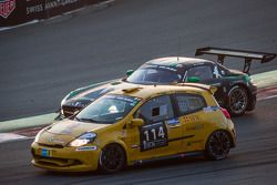 #114 presenza.eu Racing Team Clio Renault Clio Cup Endurance: Yoshiki Ohmura, Andreas Segler, Thomas