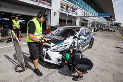 Pit stop for #92 MARC Cars Australia MARC Focus V8: James Kaye, Amro Al-Hamad, Tony Karanfilovski wi
