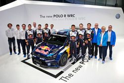 De 2015 Volkswagen Polo R met Sébastien Ogier, Julien Ingrassia, Jari-Matti Latvala, Miikka Anttila,