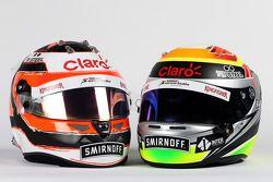 Cascos de Nico Hulkenberg, de Sahara Force India F1 y Sergio Pérez, de Sahara Force India F1
