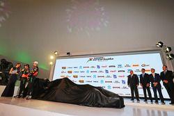 (Von links nach rechts): Sergio Perez, Sahara Force India F1, und Nico Hülkenberg, Sahara Force Indi