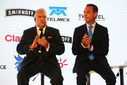(Von links nach rechts): Dr. Vijay Mallya, Teameigner Sahara Force India F1 Team, mit Geschäftsmann