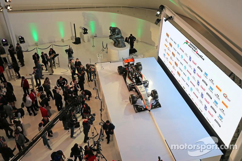 La livrée 2015 de Force India est dévoilée au Musée Soumaya