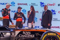 Sergio Perez und Nico Hülkenberg, Sahara Force India F1, mit Dr. Vijay Mallya, Sahara Force India F1