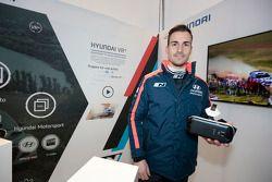 Daniel Sordo prueba el Hyundai VR