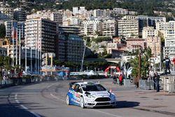 VIP maneja el Ford Fiesta WRC