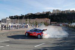 VIP maneja el Hyundai i20 WRC