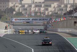 Safety car lidera grid