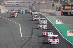 Pace lap: #97 GDL Racing Porsche 991 Cup: John Iossifidis, Wee Lim Koeng, Michael Spiridinov, Melvin