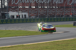 # 64 سكوديريا كورسا فيراري 458 إيطاليا: فرانسيسكو لونغو، دانيل سيرا، ماركوس غومز، أندريا بيرتوليني