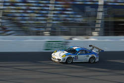 #19 Muehlner Motorsports America 保时捷911 GT America: Jim Michaelian, Matteo Beretta, Connor de Philli