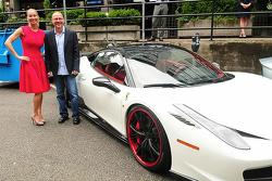 Reiko MacKenzie et Jacques Villeneuve