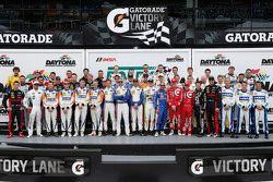 Voormalig winnaars en kampioenen groepsfoto