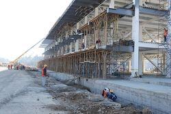 Pit alanı inşaatı