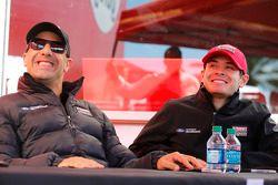Tony Kanaan et Kyle Larson