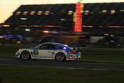 #18 Muehlner Motorsports America 保时捷911 GT America: Marc Basseng, Michael Lira, Darryl O'Young, Conn