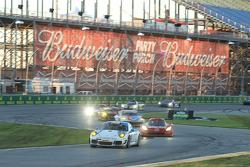 #19 Muehlner Motorsports America 保时捷 911 GT America: Jim Michaelian, Matteo Beretta, Connor de Phillippi, Ricardo Flores