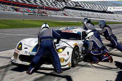 #33 Riley Motorsports, SRT Viper GT3-R: Ben Keating, Al Carter, Jeroen Bleekemolen, Sebastiaan Bleek