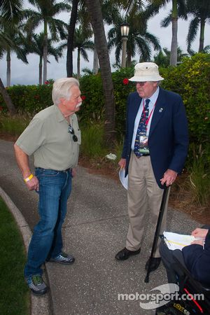 Wayne Carini discute avec Pebble Beach et l'expert Ferrar Ed Gilbertson