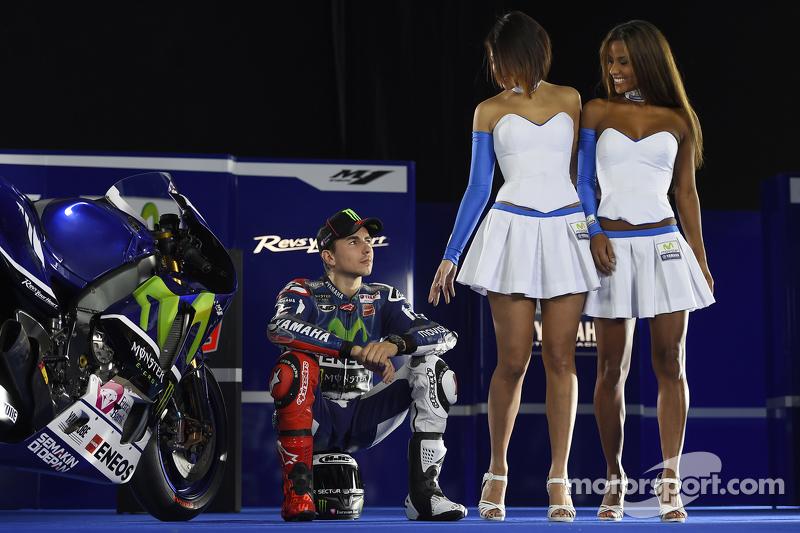 Jorge Lorenzo, Yamaha Factory Racing with lovely Yamaha
