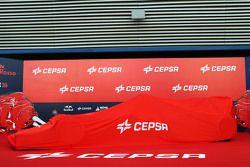 Toro Rosso STR10 dibungkus