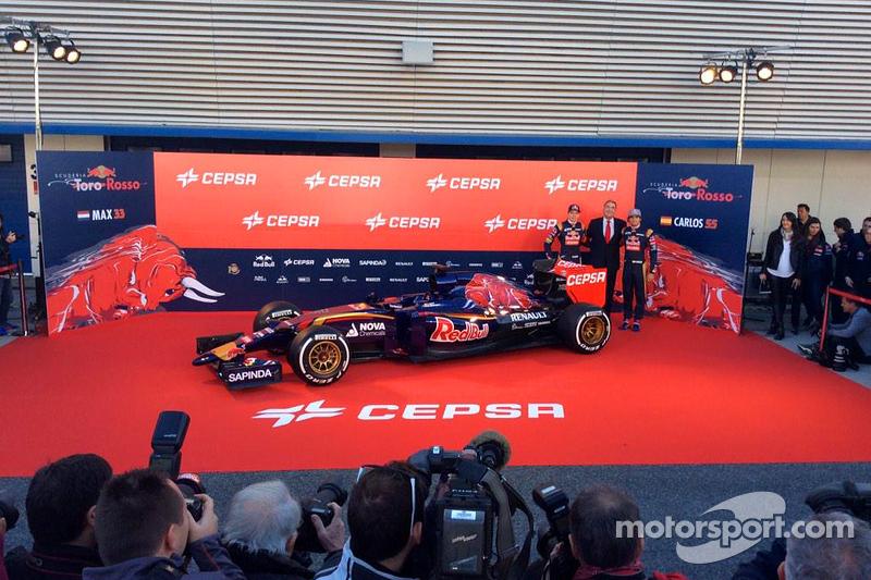 Max Verstappen e Carlos Sainz Jr. com a Toro Rosso STR10