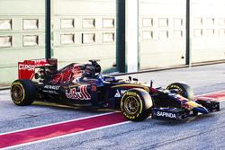 Запуск Toro Rosso STR10, обкатка.