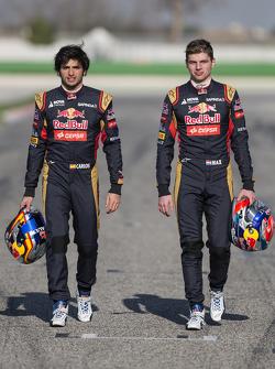 Карлос Саинс-мл. и Макс Ферстаппен. Запуск Toro Rosso STR10, обкатка.