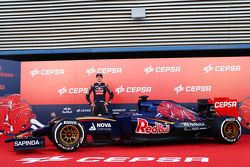 Max Verstappen with the Toro Rosso STR10