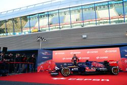 Carlos Sainz Jr. with the Toro Rosso STR10