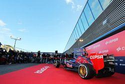 Max Verstappen, Scuderia Toro Rosso with the new Scuderia Toro Rosso STR10
