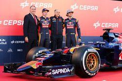 (L to R): The Cepsa Vice President of Marketing; Max Verstappen, Scuderia Toro Rosso; Franz Tost, Scuderia Toro Rosso Team Principal; and Carlos Sainz Jr., Scuderia Toro Rosso, at the Scuderia Toro Rosso STR10 unveiling