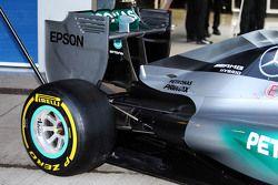 Mercedes AMG F1 W06 achtervleugel en achterwielophanging