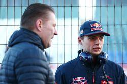 Max Verstappen, Scuderia Toro Rosso, com seu pai, Jos Verstappen