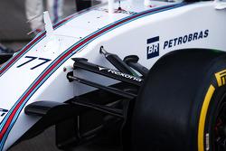 Williams FW37 front suspension detail