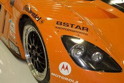 Varie auto dell'8Star Motorsports cars nell'officina
