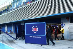 Daniil Kvyat, Red Bull Racing RB11 covered by screens in the pits