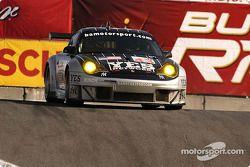La Porsche 911 GT3 RSR n°43 BAM! : Leo Hindery , Lucas Luhr, Sascha Maassen