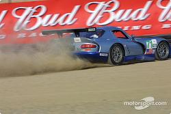 La Dodge Viper GTS R n°71 Carsport America : Tom Weickardt, Jean-Philippe Belloc
