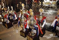 Les trophées attendent les vainqueurs