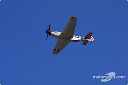 Survol de F-51 Mustang