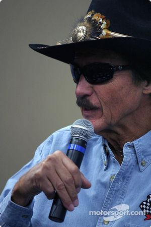 STP Corporation press conference: Richard Petty