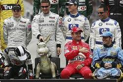 Drivers of the 2004 World Championship photoshoot: Michael?